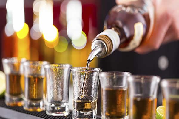 Perigo: fique atento aos sinais da dependência alcoólica